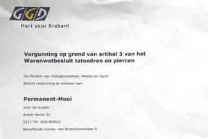 Dit is een afbeelding van de vergunning tatoeëren en piercenGGD voor Permanent Mooi Janny Hanegraaf eigenaar